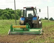 Универсальная машина для возделывания картофеля и овощей УМВК-2.8 в поле